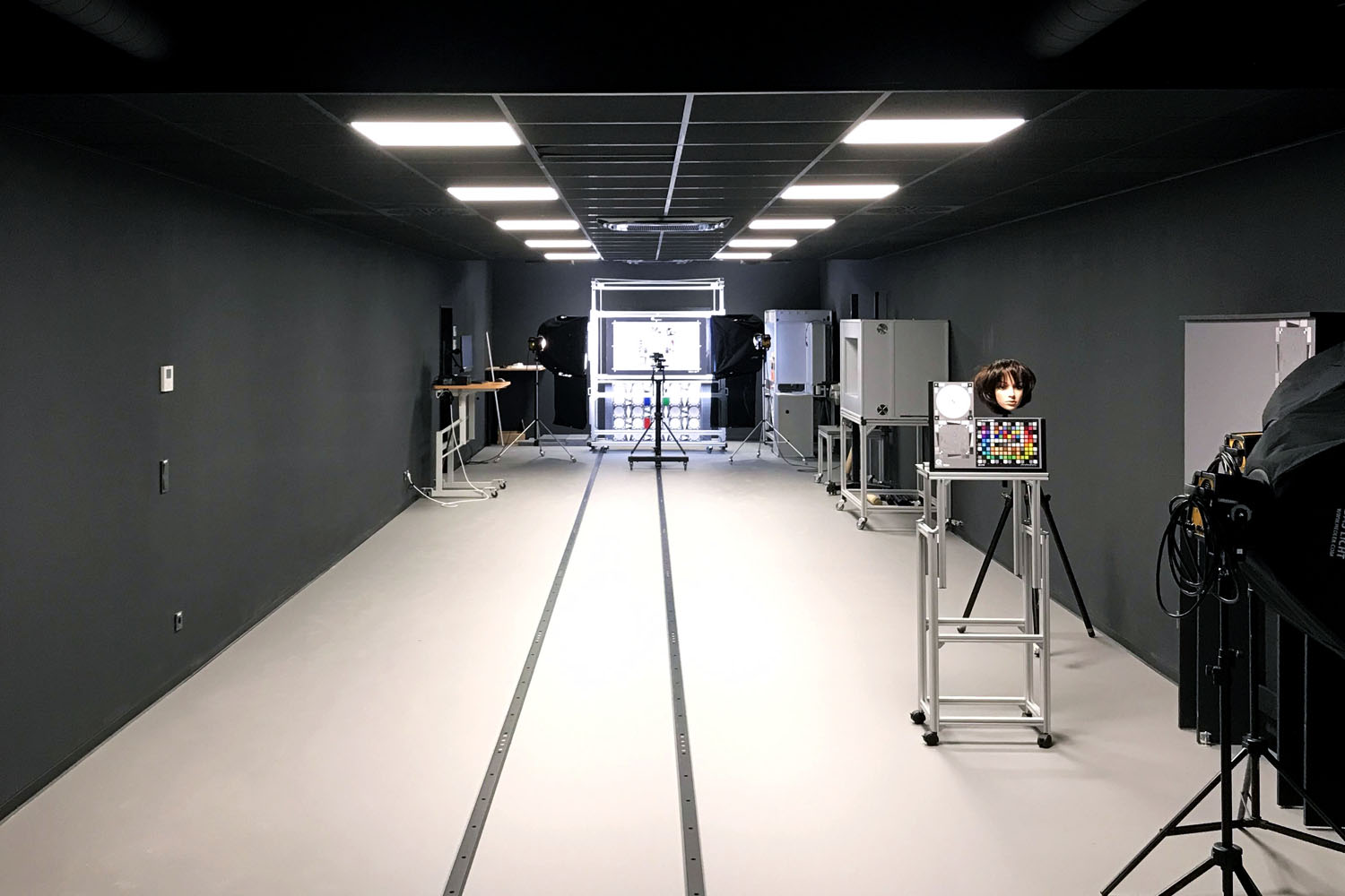 iq lab room